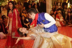 A great moment captured at Zainab Abbas and Hamza Kardar's shendi
