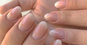 Baby Boomer nail trend