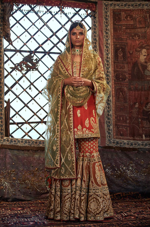 Traditional pret wear
