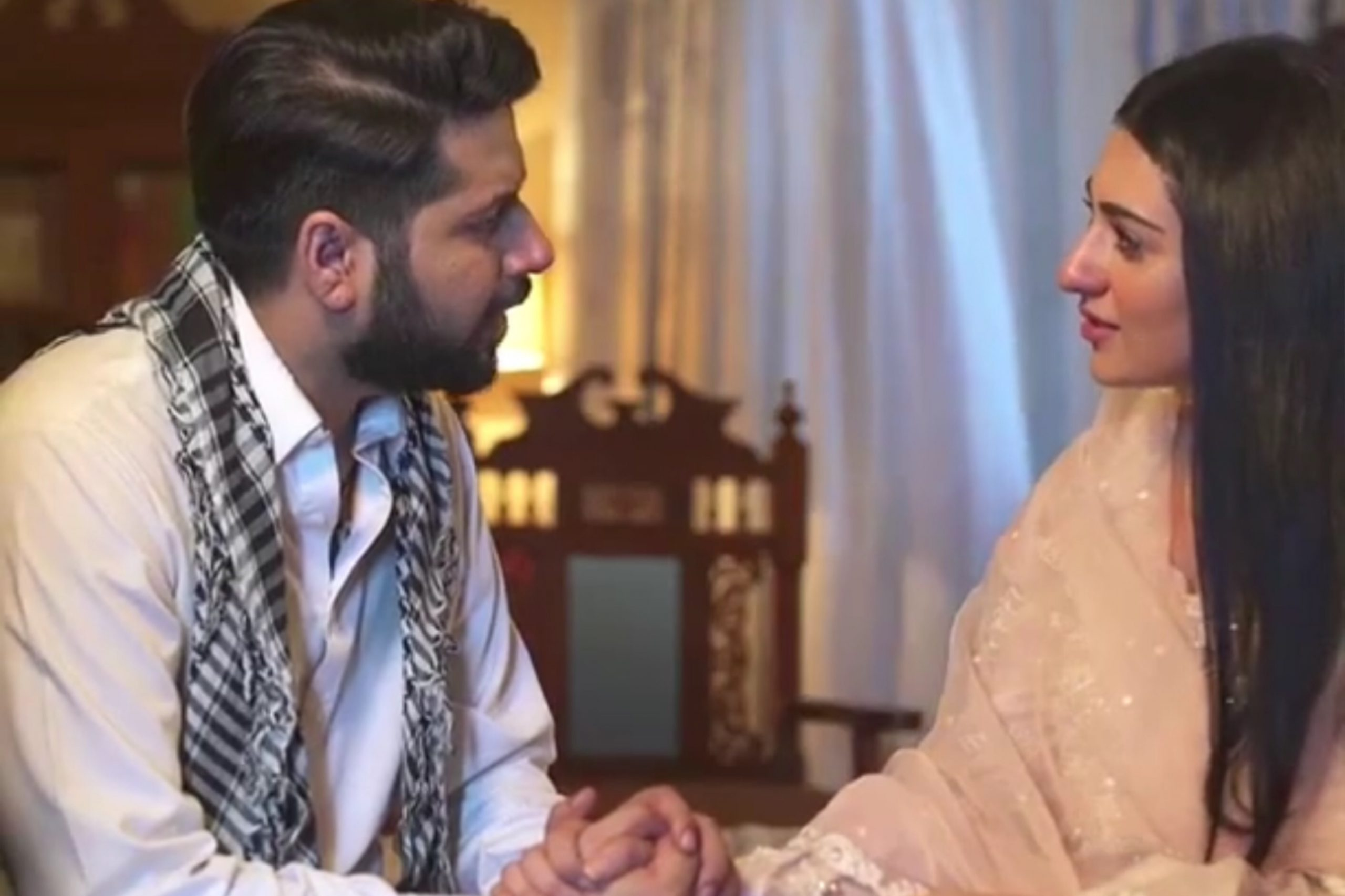 Imran Ashraf, Sarah Khan trends on Twitter as Raqs-e-Bismil comes to an end  - Niche